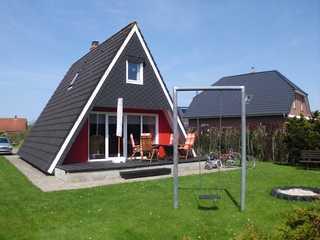 Ferienhaus Vania Ferienhaus Vania mit Terrasse und großem Garten.