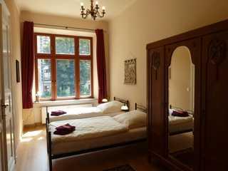 Fewo Gründerzeitflair Schlafzimmer