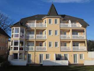 Ferienwohnung mit Balkon inkl. Strandkorb Ostseebad Binz (9) Villa Seerose (09)