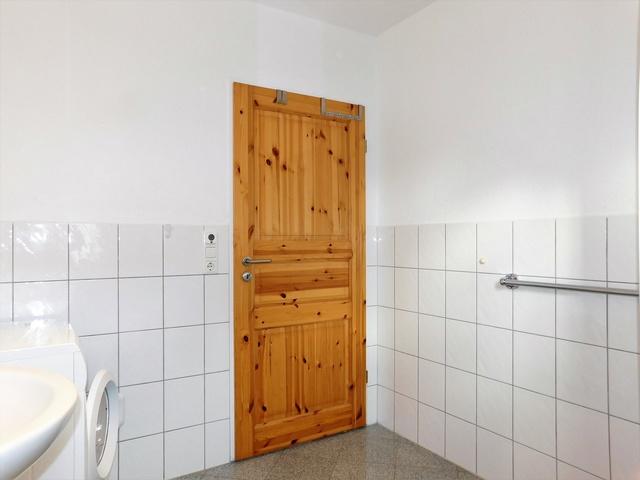 Badezimmer EG links