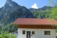 Ferienhaus Baumberger - Panoramablick Hausansicht