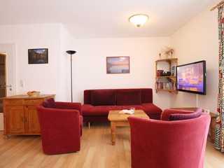 Haffblick Whg. Ha06 Residenz Haffblick App.06- Wohnbereich mit Sofa...