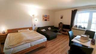 Ferienwohnung Kubsch Wohnzimmer mit Essecke