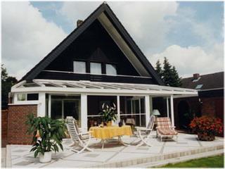 BUE - Haus Martens Gartenansicht