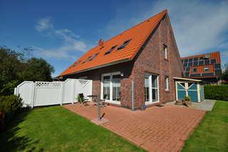 Nr. 77 - Ferienhaus Deichstraße / Nähe Yachthafen Garten / Terrasse