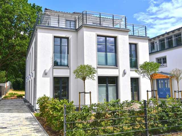 Villa Levante F659 Gartenwohnung mit Kamin, Sauna, Terrasse ...