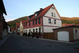 Gästehaus Tröbs Ferienwohnungen in der Perle des Südharzes Gästehaus Tröbs mit Burggasse