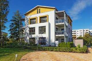 Usedomtourist Zinnowitz 2/5 Sonnenschein Das Mehrfamilienhaus