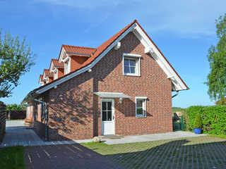 Ferienhaus Lobbe F 544 WG 04 mit großer Terrasse Ferienhaus Lobbe in Lobbe Hausansicht