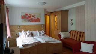 Haus am Kaiserberg***, schöne Fewo zum Europapark Rust 12km Ankommen, Wohlfühlen, Genießen