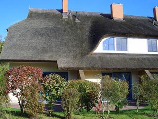 Reetdachhaus Malve 3 im Feriendorf Puddeminer Wiek Reihenhaus Malve 3
