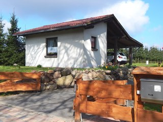 Ferienhaus mit Waldsauna am Kranichfeld Hausansicht