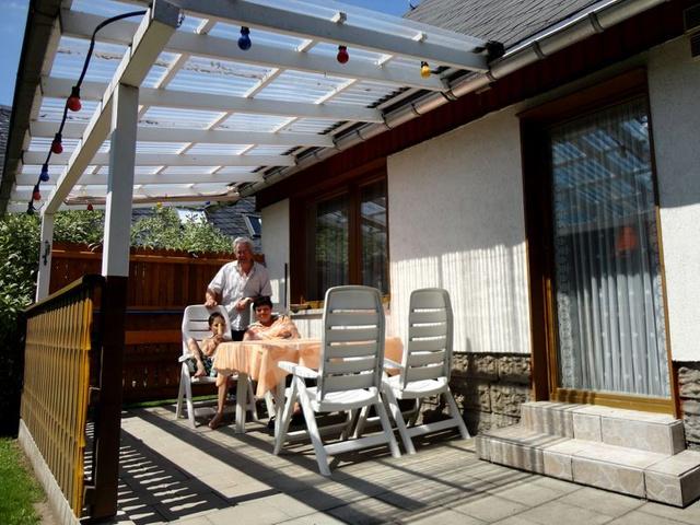 Ferienhaus Karin- Die Gartenterrasse