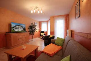 Ferienwohnung 5RB7, Villa Seerose Wohnbereich