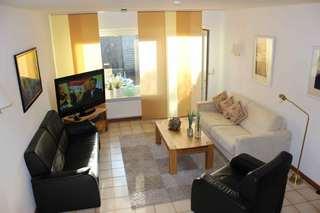 Sylt Ferienhaus mit 3 Schlafzimmer, 2 Bäder, Internet Wohnbereich mit Ausgang zur Terrasse u. Rasenfl...