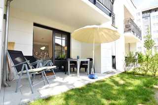 StrandGut Villa Sofie Terrasse mit Gartenmöbel