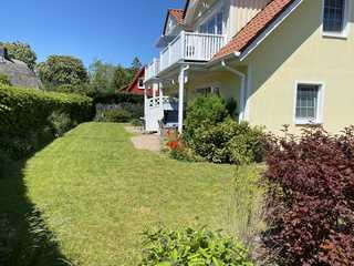 Dat Gele Hus Wohnung 2 Garten mit Terrasse
