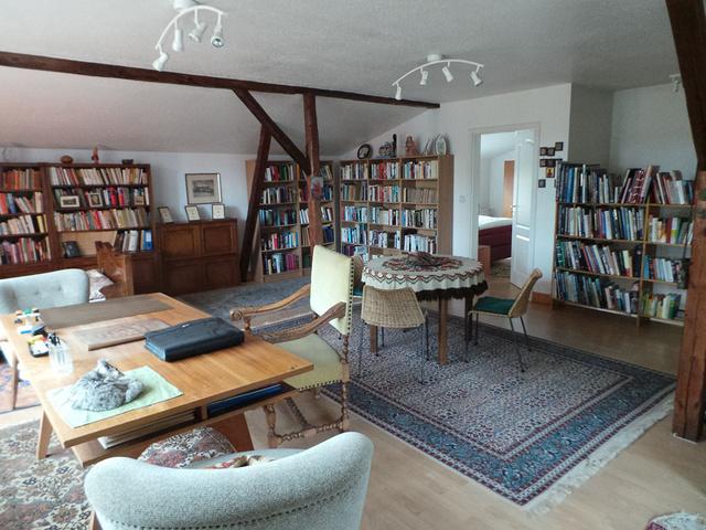 Das weitläufige Wohnzimmer im Obergeschoss