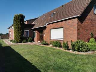 Ferienwohnung / Ferienhaus Moorblick Westansicht mit Eingangsbereich