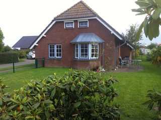 Ferienhaus Woost, Queller 14A eingezäunter Garten , Wlan Front