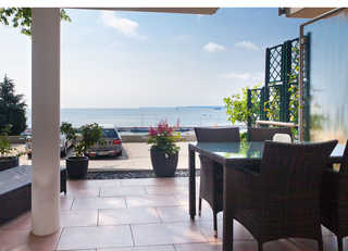 Villa Friede-Marie - App. Hannah *Hafen-Ostsee-Blick* Terrasse