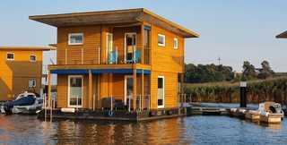 05. Floating-Houses (75 m²) SteelVoll mit Infrarotsauna Floating House SteelVoll