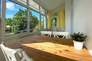 Villa Meeresgruss FeWo 9 Wintergarten mit Blick in Richtung Granitz