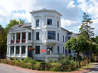 Villa in Heringsdorf *400m vom Ostseestrand* Herrmann Außen