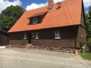Historisches Odenwälder Haus mit Haus Elztalblick Außenansicht
