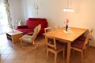 Landhaus zum Strande - 44-5.1 Wohnzimmer Essbereich