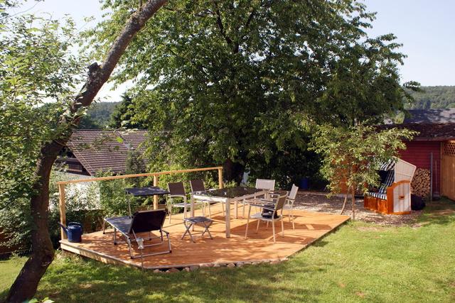 Gr. Terrasse:Tisch 6 Personen, Liegen & Strandkorb