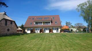 Z: Haus Inselperle mit Blick auf den Bodden Objektansicht