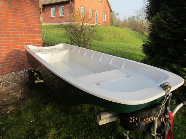 340 x 140 cm doppelwandiges Ruderboot + 2 Stauraum