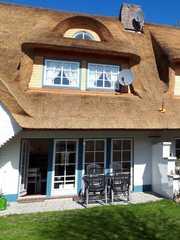 Hochstieg 26, Haushälfte Sonnige Süd-Terrasse mit Garten. Komfortable 90...