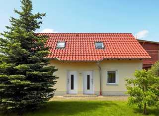 Ferienhaus mit 2 Ferienwohnungen in Ahlbeck und WLAN Außenansicht Ferienwohnungen Schultz