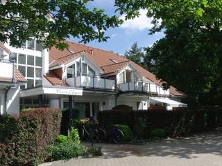 Appartment Haus Glowe - Wohnung 11 - 300m zum Strand Appartmenthaus im Grünen