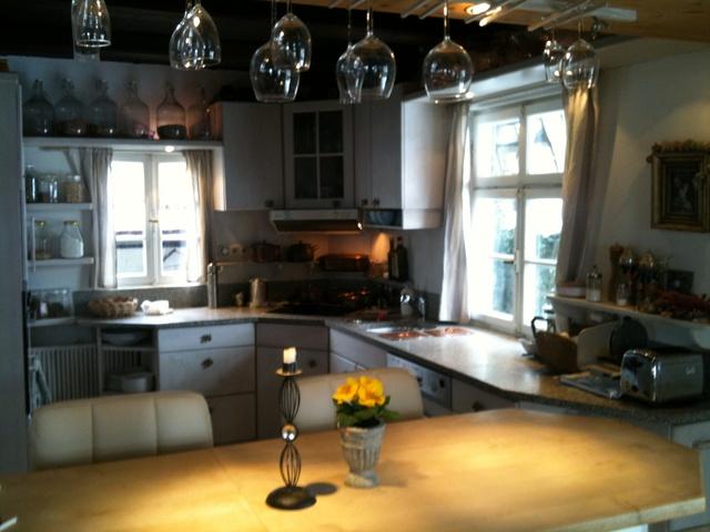 Kupfertöpfe, Massivholz, Granit... Küchenzauber