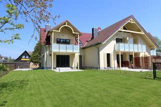 F: Haus Sterntaucher Whg 06 mit Balkon Objektansicht