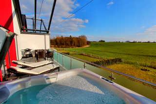 Villa Grande / Luxus-OG-Fewo RELAX (WE 4) Eigener Außenwhirlpool (ganzjährig 38 °C) auf d...
