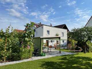 Ferien-Apartment Beller Euer Ferienhaus steht mitten in unserem weitläu...