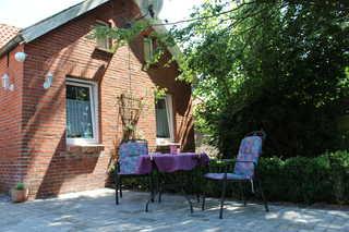 Ferienwohnungen Reemts 35204 Sitzecke neben dem Eingangsbereich