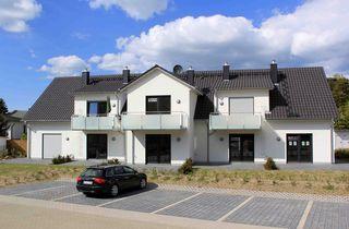 MZ: Haus Düne Whg. 03 mit Süd/West Terrasse und Balkon Außenansicht