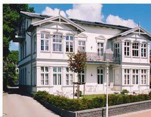 Villa Baroni **nur 200m vom Ostseestrand entfernt** Villa Baroni