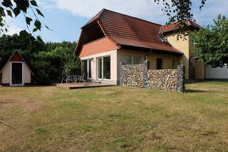 Ferienwohnungen Godendorf SEE 7540 Außenansicht Haus mit 2 Ferienwohnungen