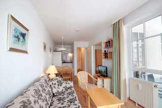Ferienwohnung 60RB642, Seepark Sellin Wohnbereich