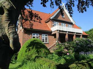Der Nagelhof Ferienwohnungen & Obstanbau Haupthaus Gartenansicht I
