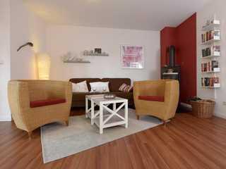 Anemone Anemone - Blick auf den gemütlichen Wohnbereich...