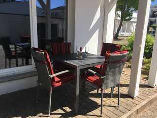 Villa Jugendglück Möblierte Terrasse