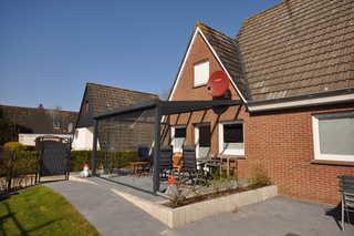 Nr. 31 - Ferienhaus Am Yachthafen Garten / Terrasse