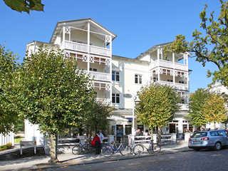 Villa Seerose F700 WG 12 im DG mit Bäderbalkon + Kamin Villa Seerose im Ostseebad Sellin